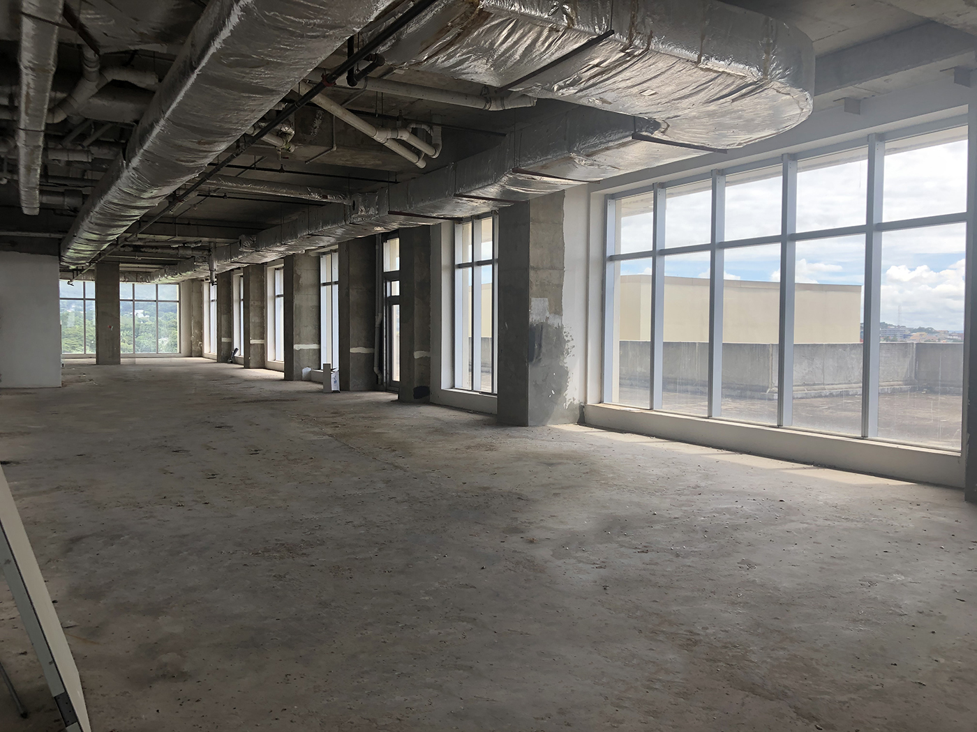 VACANT UNITS – ONE PLAZA – OFFICE